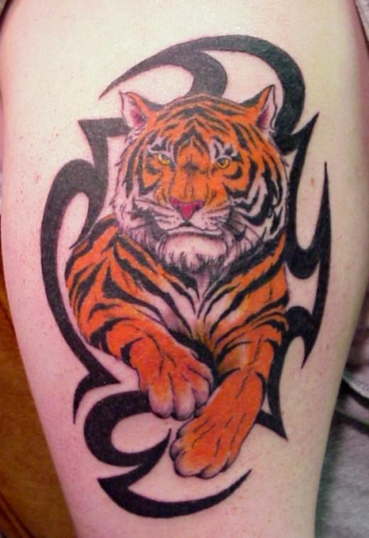 b25255280817e 22 Beautiful Tribal Tattoo Designs - TutorialChip